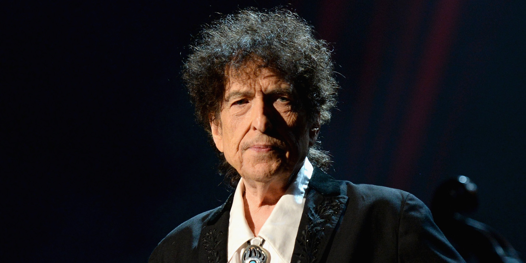 Bob Dylan and Universal Music Group being sued for .25 million