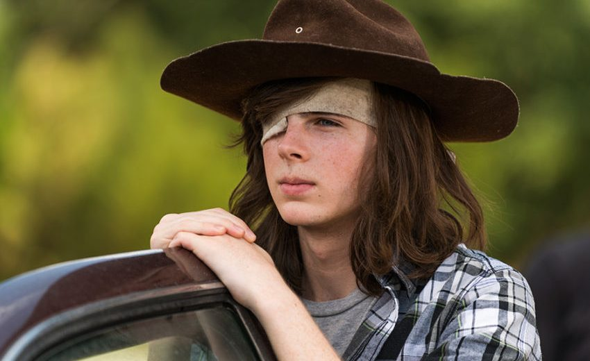 """CHANDLER RIGGS, DJ AND """"THE WALKING DEAD"""" STAR, UNDERGOES SURGERY FOR UNKNOWN ILLNESS"""